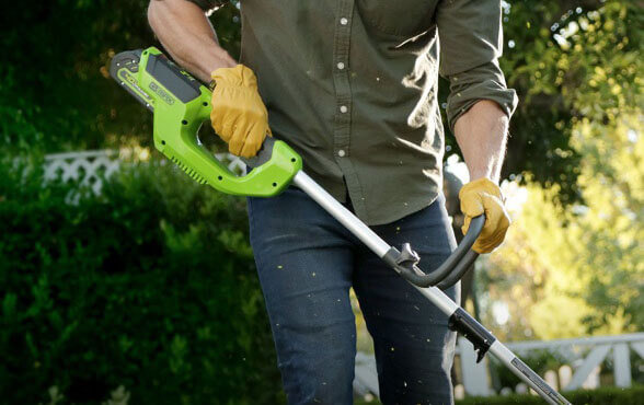 Greenworks 2101602 - lawn trimmer review